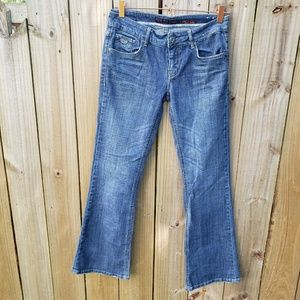 Chip and Pepper Laguna Beach Flare Jeans Size 7